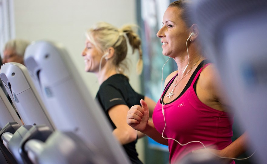 Women On Treadmill at HBF Stadium Mt Claremont.jpg