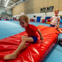 Kids gymnastics - forward rolls